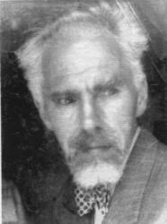 Stefan Bieszk (1895-1964), nauczyciel gimnazjum, pisarz i działacz kasszubski, w latach 1925-1934 mieszkaniec domu przy Warszawskiej 23, I p., str. l